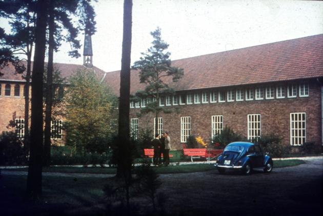 Im Hof des Noviziates 1968